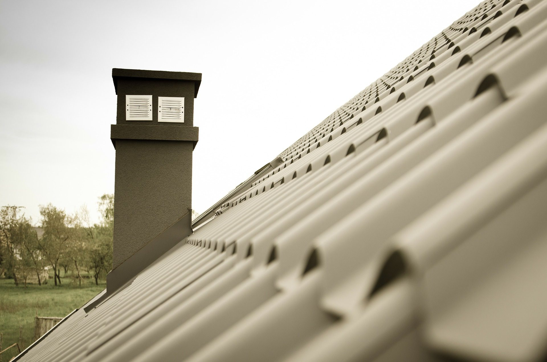 different types of roof materials
